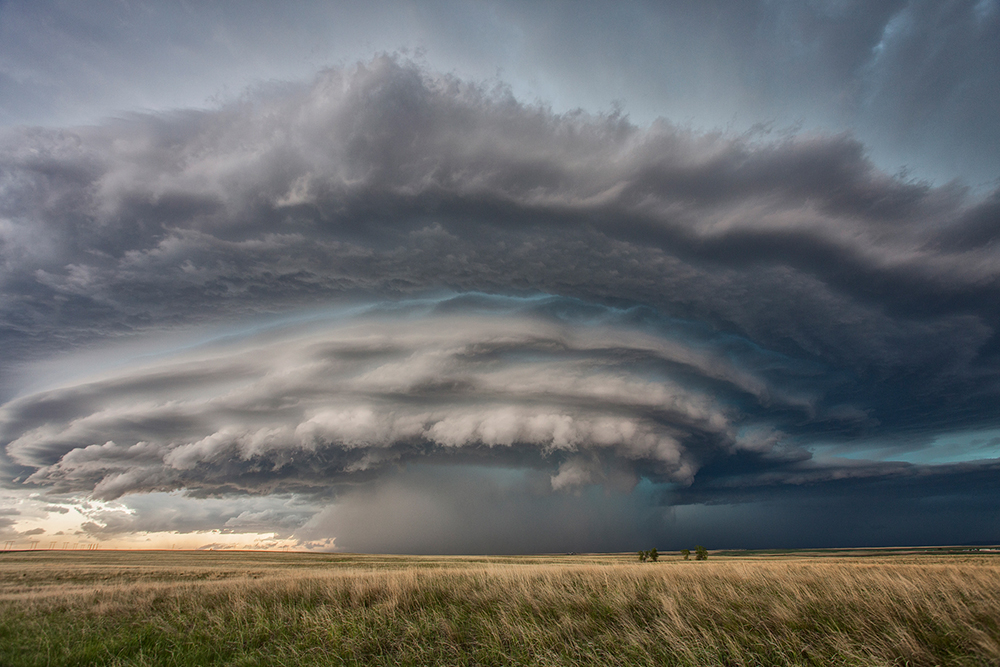 a supercell storm structure near Great Falls, Montana