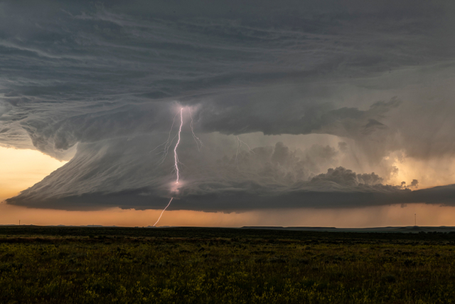 this supercell produced eight tornadoes in Montana