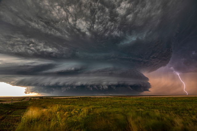 a supercell visual treat near Burlington, Colorado